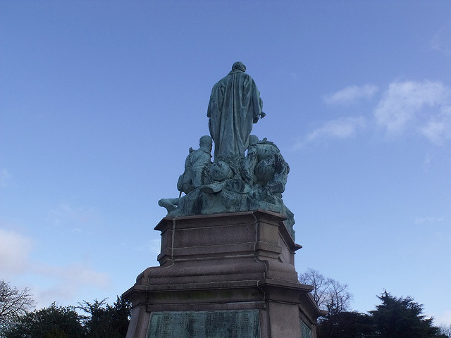 Boer War Memorial in Cannon Hill Park.